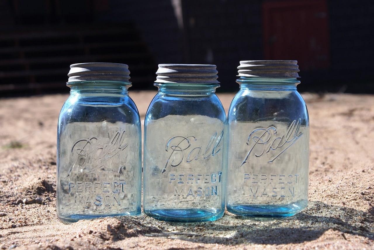 how to freeze a mason jar guide