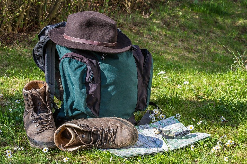how to choose what hiking equipment to buy