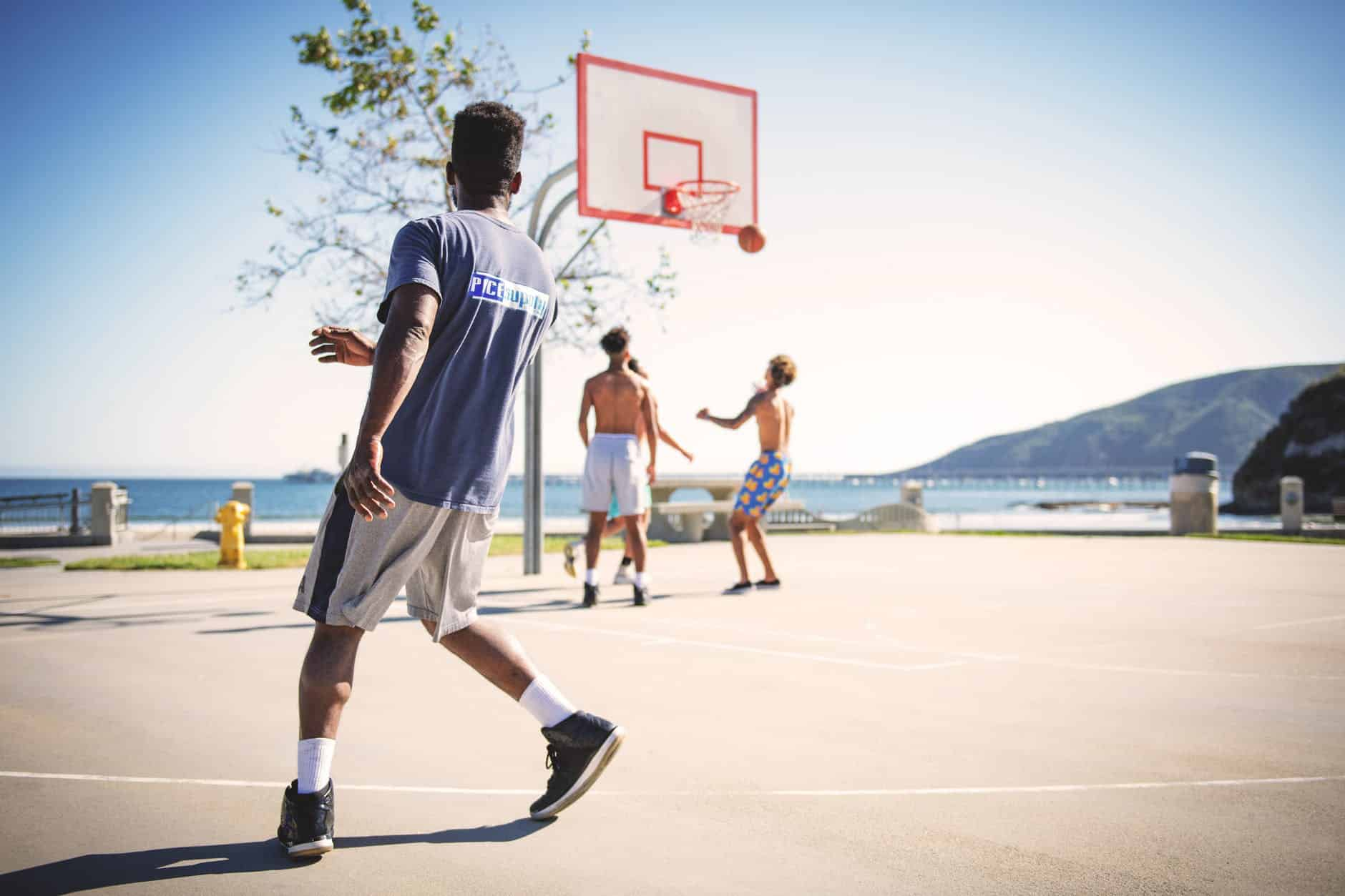 why teenagers should play basketball